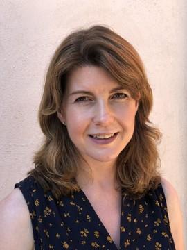 Dr Fiona Barclay