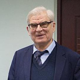 Вячеслав Казаренков